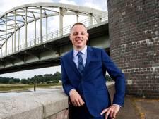 Burgemeester König van Deventer doet aangifte om lekken informatie