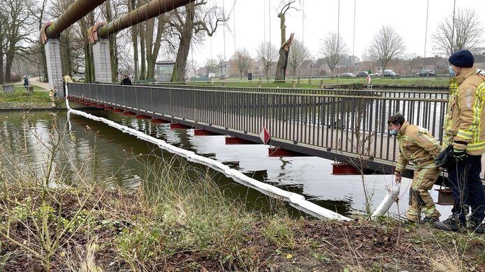 Vervuiling Coupure Brugge: de brandweer legde een dam