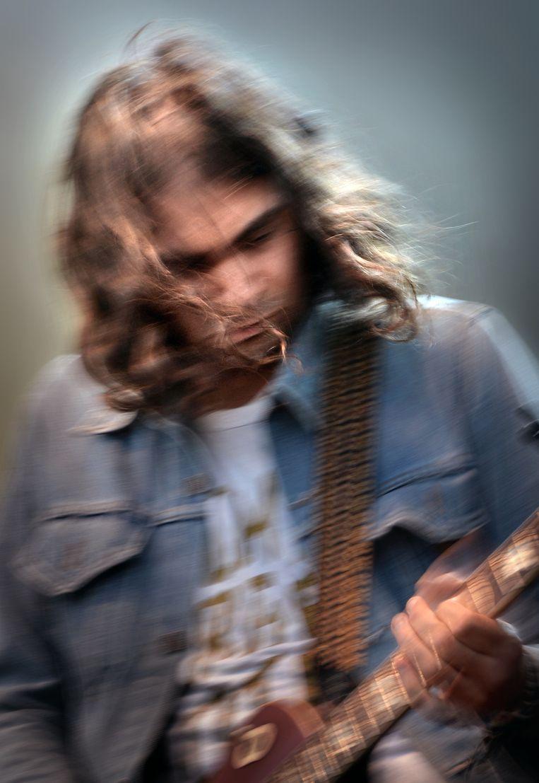 Gitarist van indierockband The War On Drugs. Beeld Marcel van den bergh