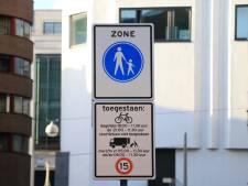 Vanaf vandaag mag je niet overal meer (snor)fietsen in Haagse binnenstad: 'Veiliger voor voetgangers'