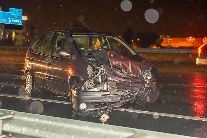 Bij een ongeval op de A12 bij Bodegraven zijn drie auto's op elkaar geknald.