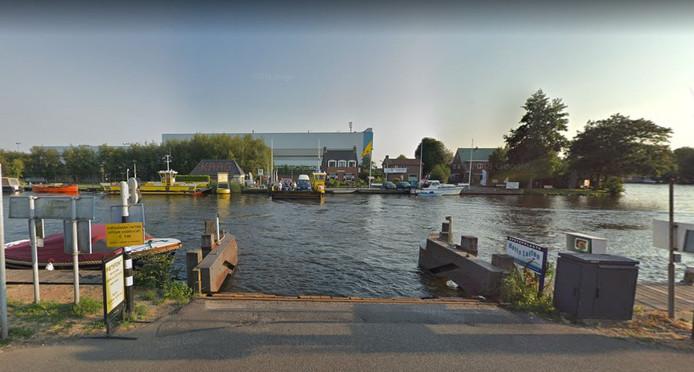 De aanmeerplek voor de pont tussen Kaag en Buitenkaag.