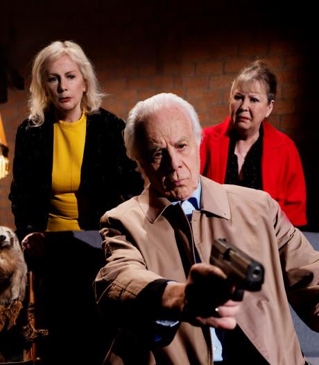 Bram van der Vlugt (85) als een Anthony Hopkins in het theater