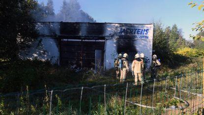 Parket onderzoekt mogelijke brandstichting in loods