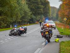 Motoragent in opleiding gewond na crash op bus in Vorden