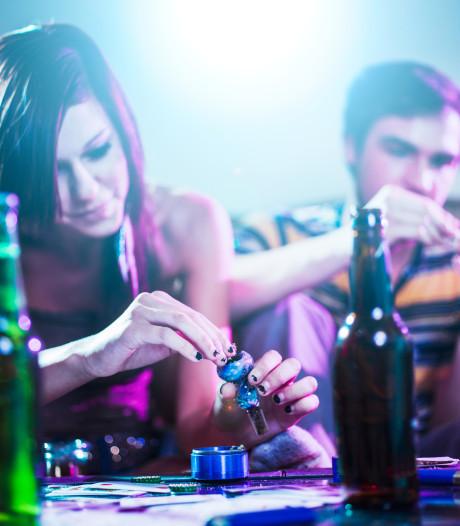 Cafébezoekers in 't Gooi drinken veel, aanzienlijk deel gebruikt ook drugs