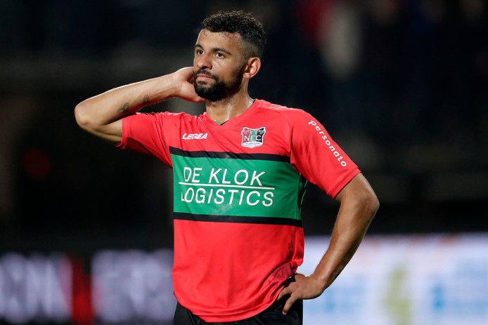 NEC-speler Leroy Labylle start maandag tegen Jong PSV als linksbuiten.