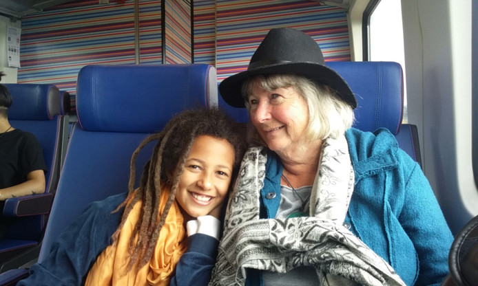 Oma Agnes en Tefari Prevoo.