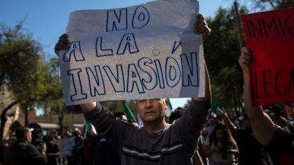 Honderden Mexicanen protesteren tegen migrantenkaravaan