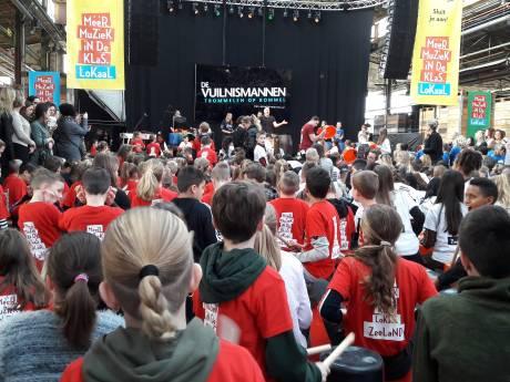 Koningin Máxima was in Vlissingen voor het maken van afspraken over 'Meer muziek in de klas'