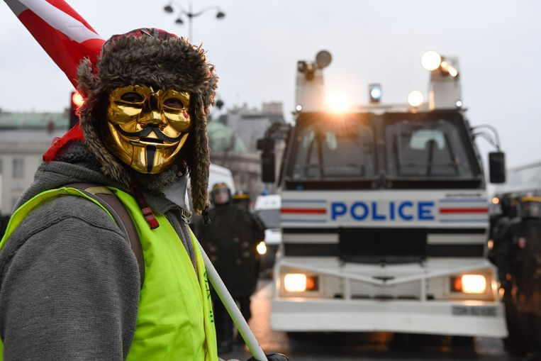 En demonstrant in Parijs. Beeld AFP