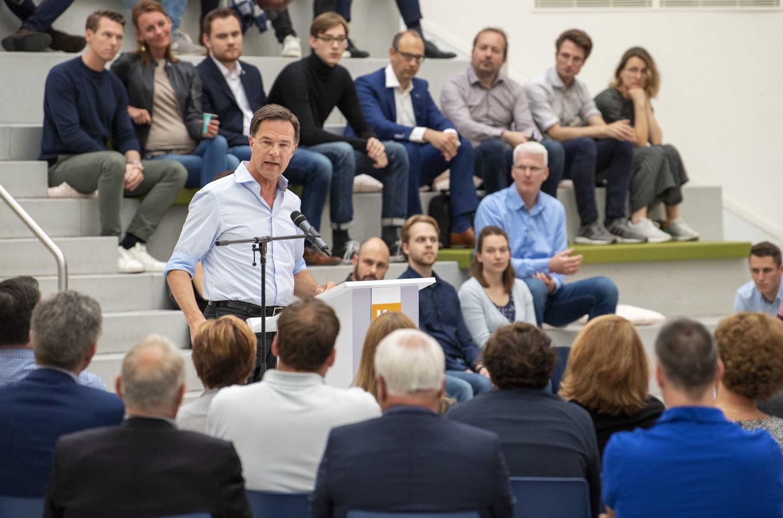 Minister president Mark Rutte (VVD) houdt een toespraak over de belangen van Nederland in de Europese Unie. Over een week gaat Nederland naar de stembus voor de Europese Parlementsverkiezingen.