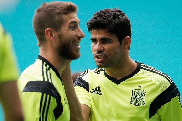 Diego Costa (rechts) met Sergio Ramos. Beeld getty