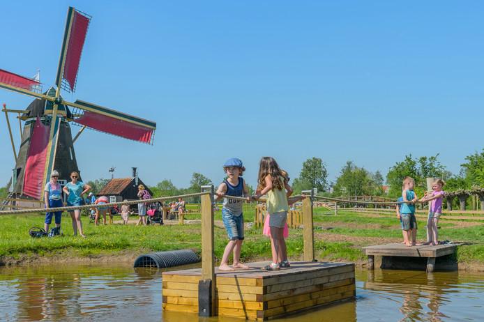 De Avonturenboerderij trok in het jaar na opening 35.000 bezoekers meer dan verwacht.
