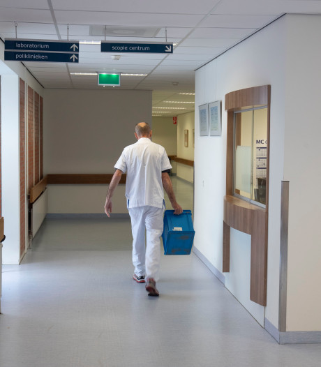 Gemist? Zorgen om uitkleden ziekenhuis Lelystad, maximaal 400 extra asielzoekers naar Apeldoorn