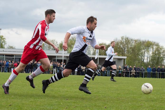 Voetbalwedstrijd RKDSV-Spoordonkse Boys