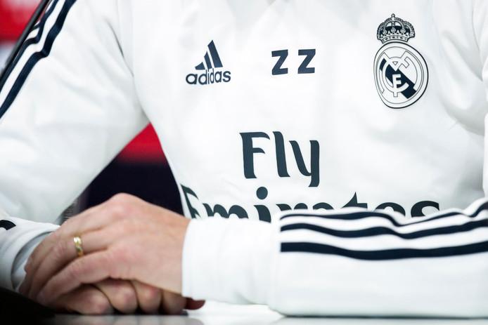130c55cd7b8 Nieuw akkoord Real en Adidas: grootste deal ooit   Buitenlands ...