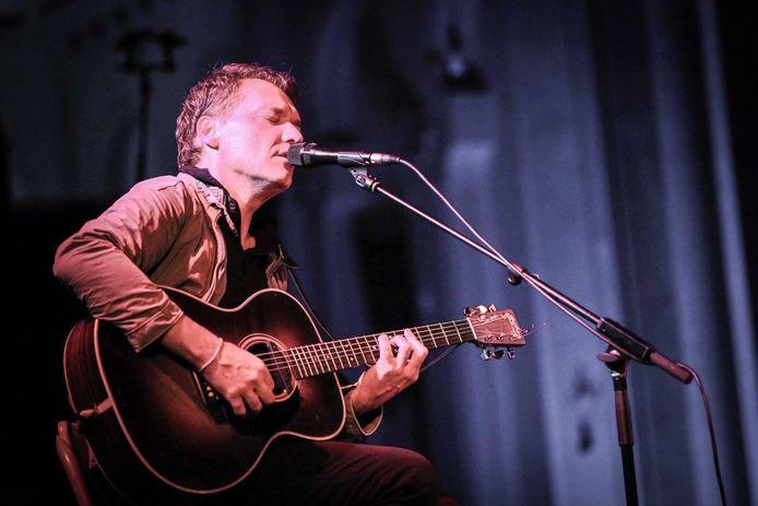 Sharko en concert en l'église de Haillot, fin septembre
