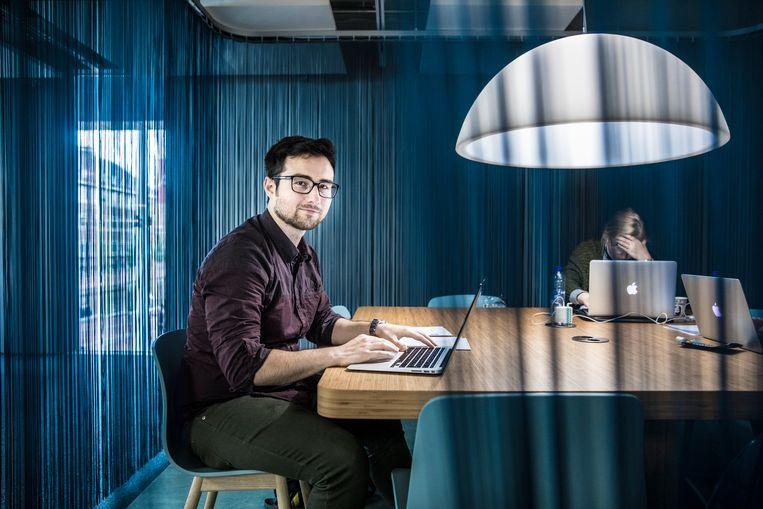 De Syrische statushouder Wassim Mahmoud studeert international development in Amsterdam. Beeld Waldthausen Marlena