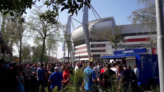 PSV-supporters bij De Aftrap.