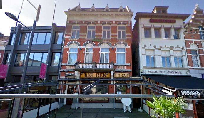 Street view Google Maps van het pand, waar in 2009 De Big Ben nog in zat