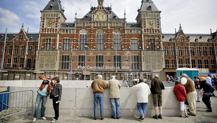 Amsterdam kon de aanleg van de Noord/Zuidlijn niet aan, omdat aan het 'te ingewikkelde project te veel eisen tegelijk werden gesteld'. Foto ANP Beeld