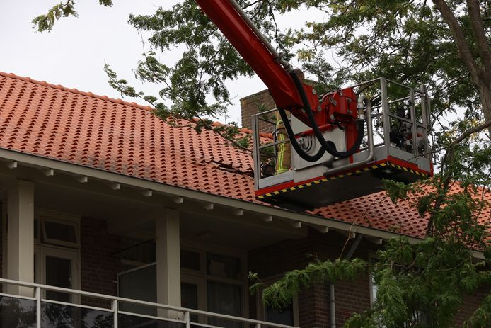 Schade aan dak in Sophorapad Eindhoven
