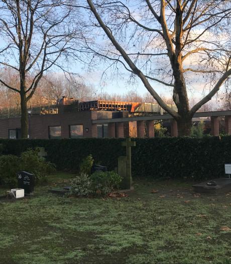 Brand in crematorium Zuylen: geen gevolgen voor uitvaarten, aula tijdelijk buiten gebruik