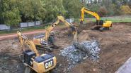 Update bouw nieuw zwembad: zone van het nieuwe 50m-sportbad uitgegraven
