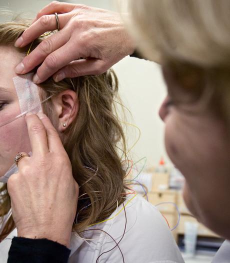 Bond waarschuwt voor kloonpolissen bij zorgverzekeraars: 'Schijnkeuze'