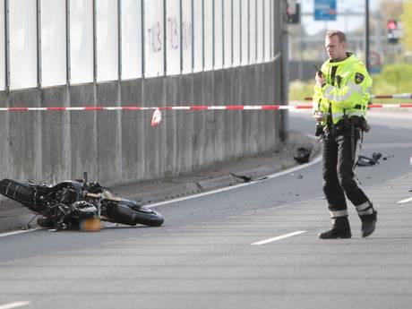 Motorrijder komt om bij ongeluk op N14