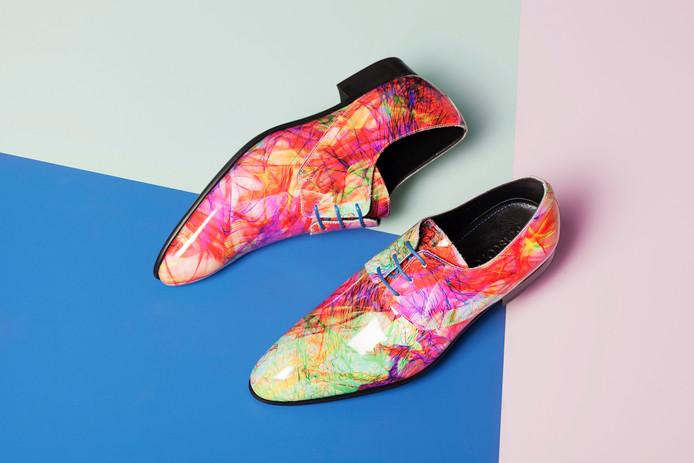 Mascolori viert Zomercarnaval met speciale schoen