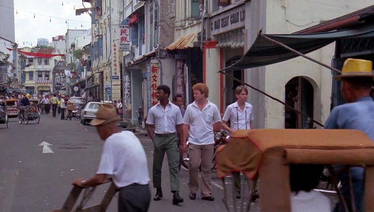 Chinatown, een van de belangrijkste filmlocaties in Saint Jack, is 40 jaar later nog goed herkenbaar. Beeld null