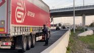 Elf transmigranten aangetroffen in vrachtwagen in Sint-Truiden