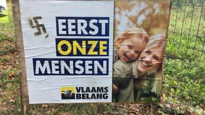 Vandalen zetten hakenkruis op verkiezingsaffiche Vlaams Belang
