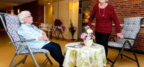 Greet (88), Betty (91) en Jopie (82) balen: zorginstelling in De Bilt sluit onverwacht het restaurant