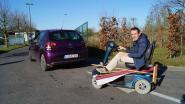 """Rolstoelgebruiker Nicolas (44) in de rij aan het containerpark: """"Ik maak me graag nuttig"""""""