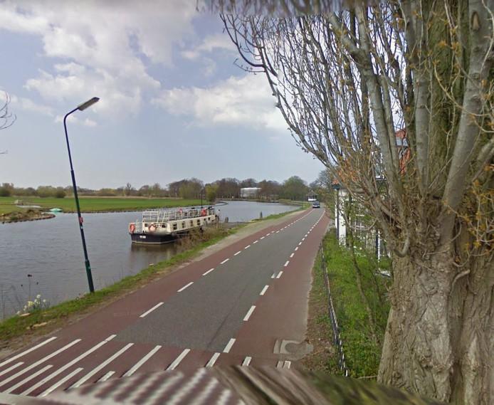 Het Zandpad, even buiten Maarssen. Hier wil de gemeente in de ochtendspits eenrichtingsverkeer invoeren.