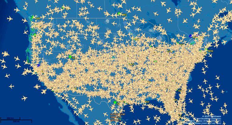 Vliegverkeer in de VS, de dag voor Thanksgiving Beeld flight_aware