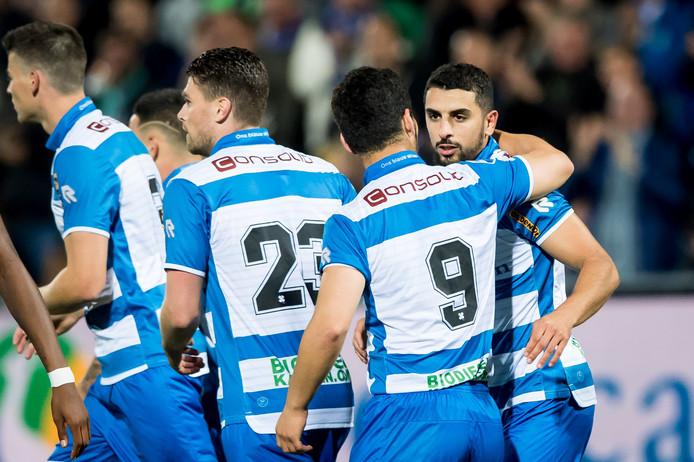 Zwolle speler Youness Mokhtar juicht na de 1-1. Foto: ProShots