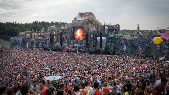 Het hoofdpodium van Tomorrowland in 2013.