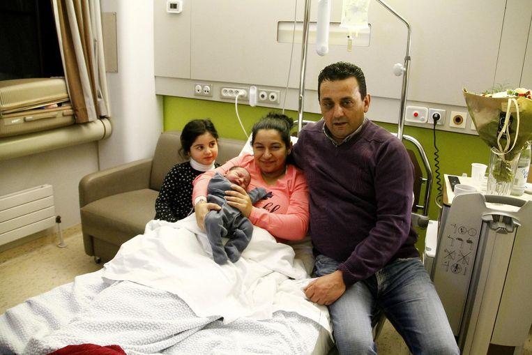 Bader, Terezia, dochter Seyine en nieuwjaarsbaby Sayf.