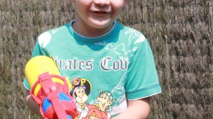 Matteo (5) mag nu toch mee op schoolreis
