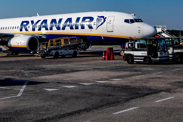 Ryanair moet passagiers een schadevergoeding tot 400 euro per persoon betalen wegens vertragingen en annuleringen tijdens de pilotenstaking vorig jaar.