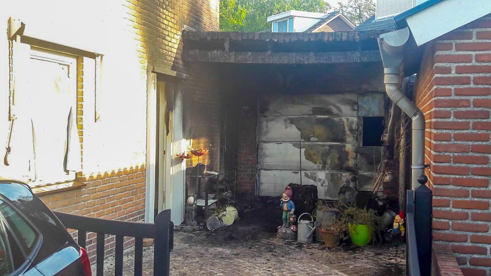 Het pand na de mogelijke brandstichting in Deurne.