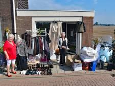Terneuzense vriendinnen beginnen eigen rommelmarktwinkel, hun huizen puilden uit