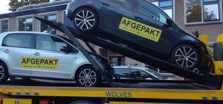 Politie pakt twee auto's af van drugsdealer in Epe
