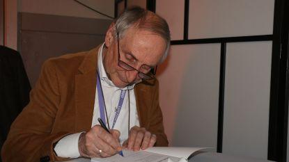 Burgemeester Michel Doomst stelde zijn boek 'Altijd' voor