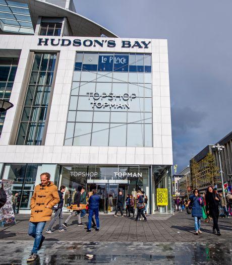 Deze kledingzaak komt in het voormalige pand van Hudson's Bay in Rotterdam