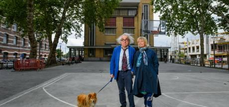 """De warmste vakantieplek van Vlaanderen, met galeriehouder Adriaan Raemdonck in de Hoogstraat: """"Je hebt het gevoel dat je in Parijs wandelt"""""""